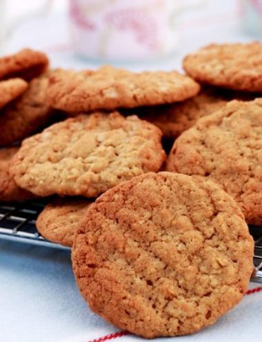 Coconut Oatmeal Cookies - Vanilla recipes - Taylor and Colledge